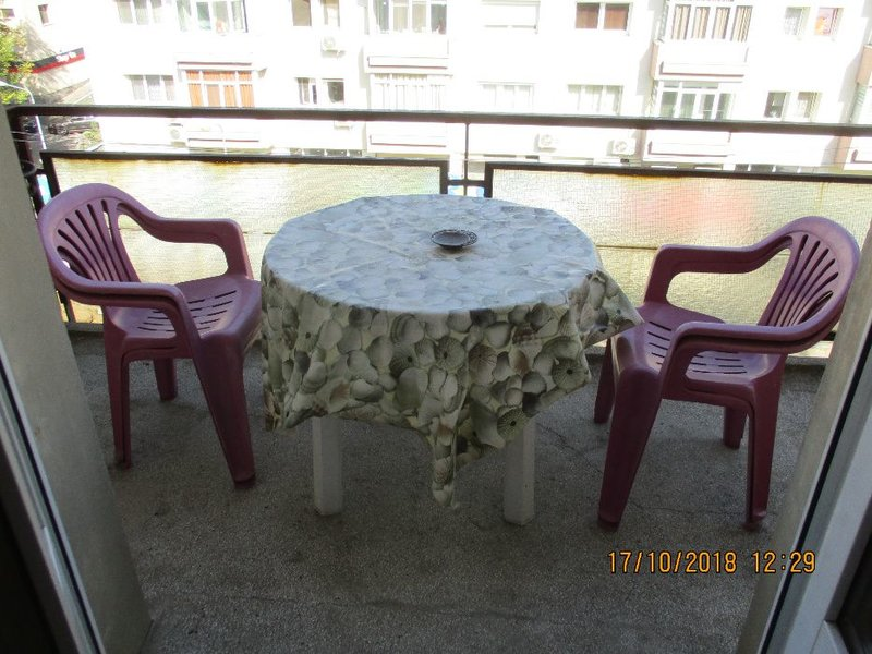 Floreasca, oportunitate 3 camere, boxa 11 mp, balcon
